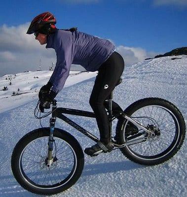 Ποδηλασία στα χιόνια:συμβουλές για να το απολαύσετε