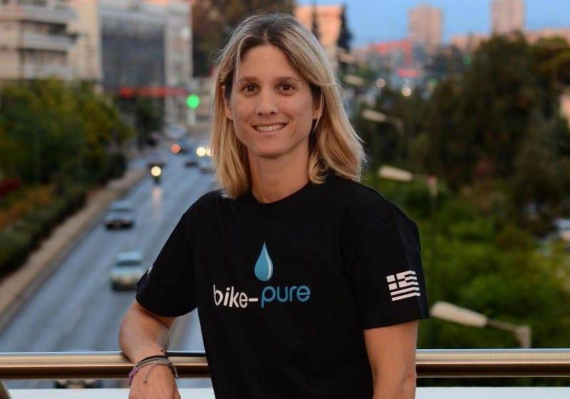 Η μαραθωνοδρόμος και τριαθλήτρια Ντενιζ Δημάκη έγινε μέλος της οικογένειας αθλητών της Bike Pure